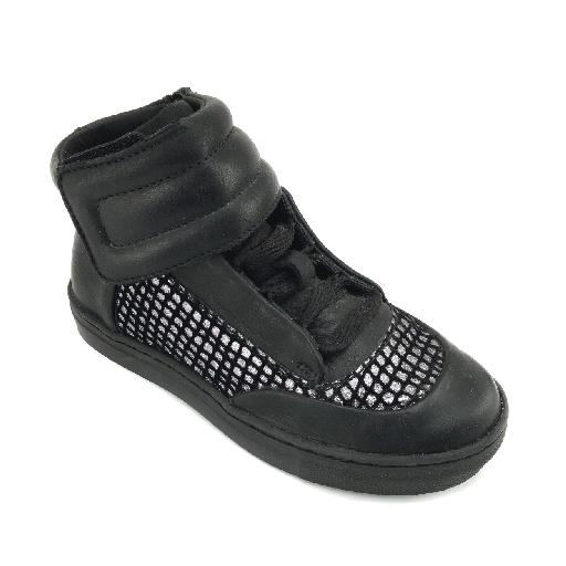 MAA trainer Black cool sneaker with silver accent