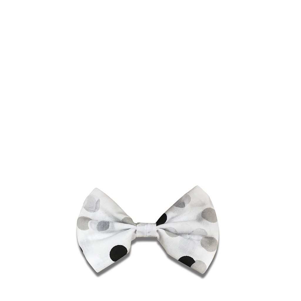 Suussies - Bow tie in white with dots