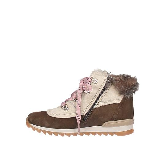 Novel Walk  boot Lace-up boot in kaki brown and white
