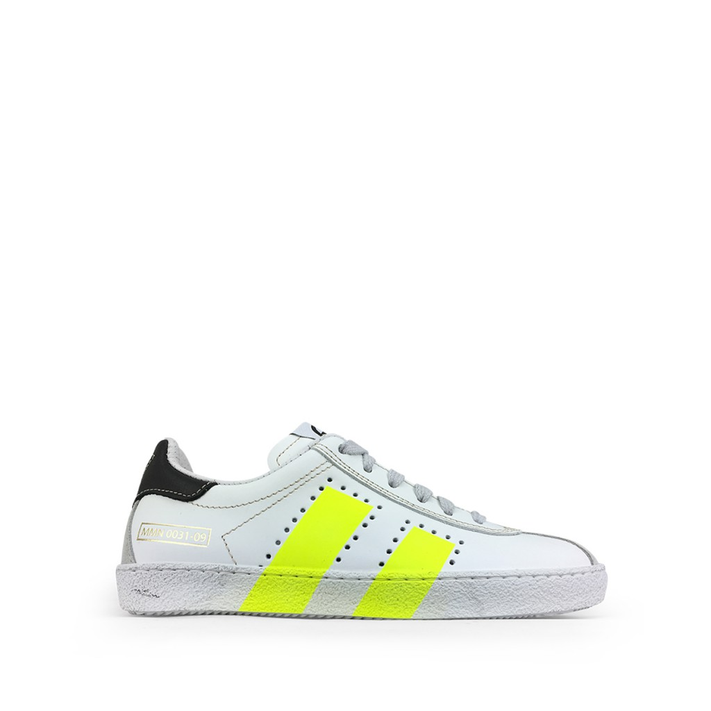 Momino - White sneaker with fluo yellow details