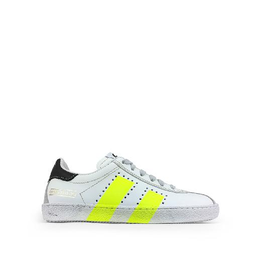 Kids shoe online Momino trainer White sneaker with fluo yellow details