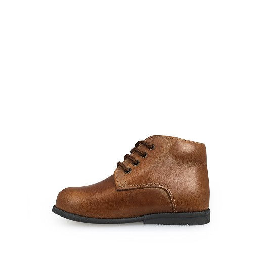 Two Con Me by Pepe first walker First stepper in bourbon brown