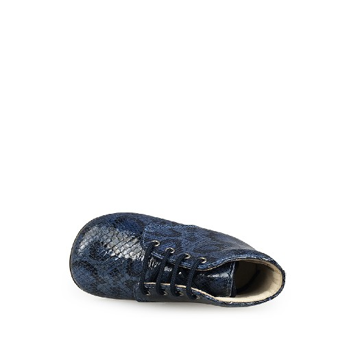 Beberlis first walker Fist stepper in blue snakeprint
