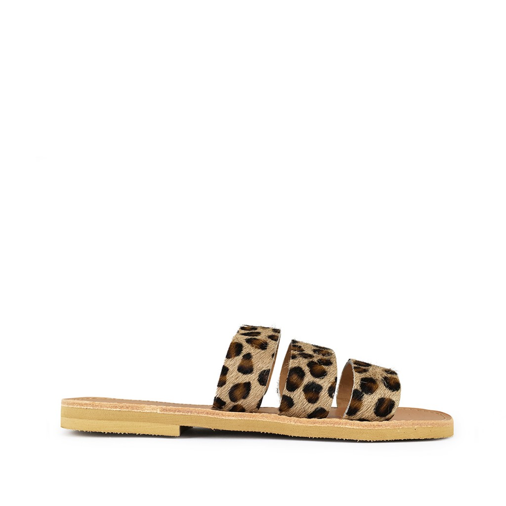 Théluto - Stylish leopard leather slippers Ines