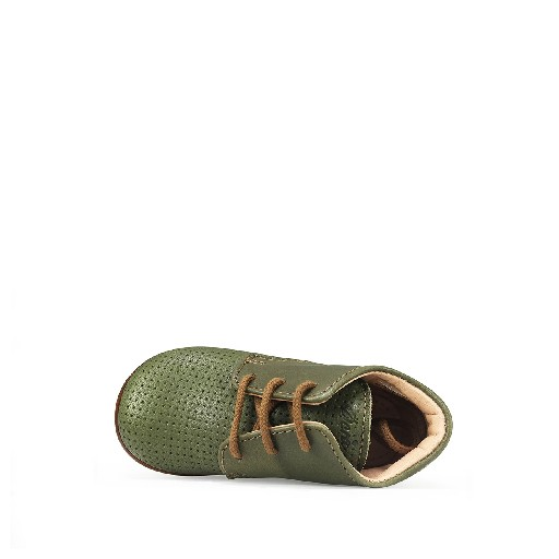 Ocra first walker First step in perforated olive green